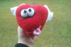 Makerist - Heart with wings - 1