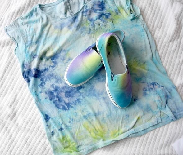 Makerist - Shirt & Schuhe selbst gefärbt - Textilgestaltung - 1