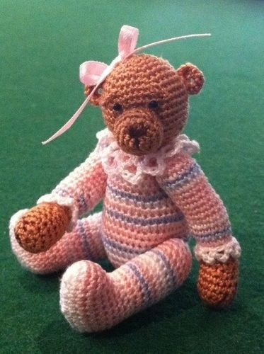 Makerist - Olivia Minature Bear - Crochet Showcase - 2