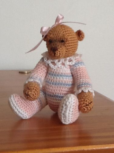 Makerist - Olivia Minature Bear - Crochet Showcase - 3