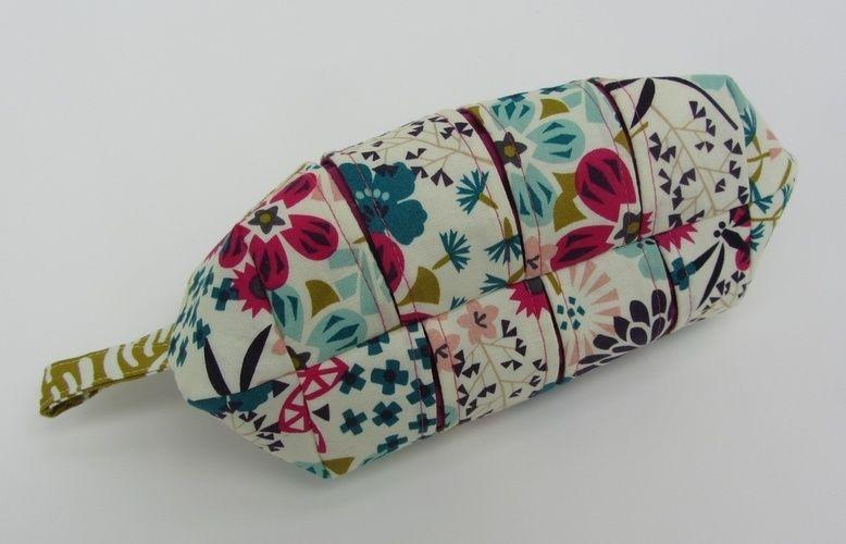 Makerist - Faltschick Täschchen in Blütenpracht - Nähprojekte - 2