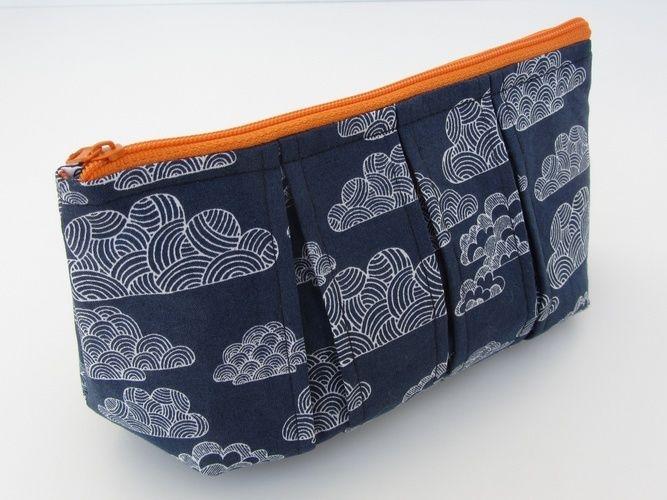Makerist - Faltschick Täschchen mit blauem Wolkenstoff - Nähprojekte - 3