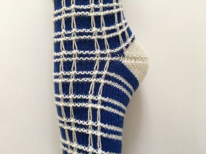 "Makerist - Socken ""zum Quadrat"" - Strickprojekte - 2"