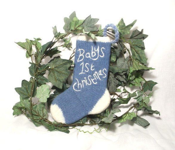 Makerist - Baby's First Christmas Stocking - Knitting Showcase - 1
