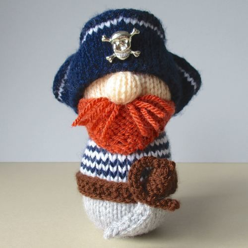 Makerist - Pirate Pete - Knitting Showcase - 1