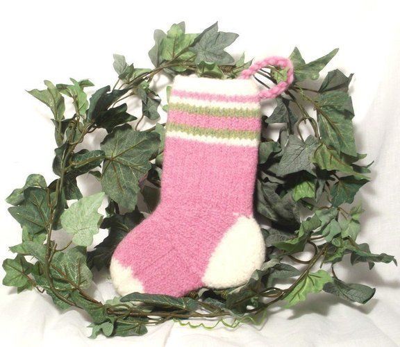 Makerist - Baby Girls Christmas Stocking - Knitting Showcase - 1