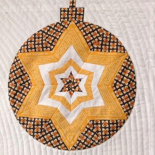 Makerist - Weihnachtsquilt - Kreise auch für andere Jahreszeiten :) - Patchwork-Projekte - 3