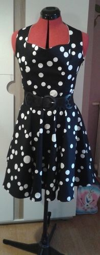 Makerist - Robe style Pin Up  - Créations de couture - 1