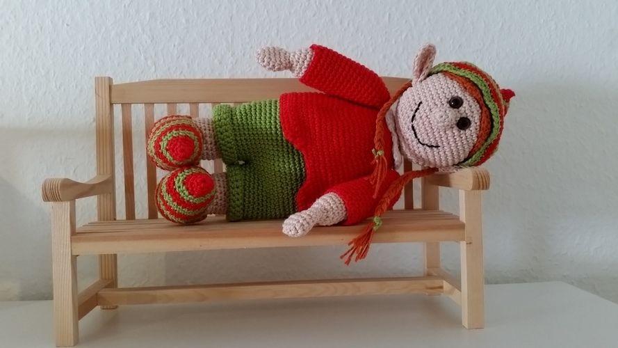 Makerist - Elena Elf, die Weihnachtselfe  - Häkelprojekte - 2