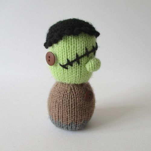 Makerist - Frankenstein and Mummy - Knitting Showcase - 2