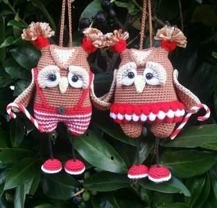 Amigurumi Weihnachts Eulen Paar 15 cm Groß