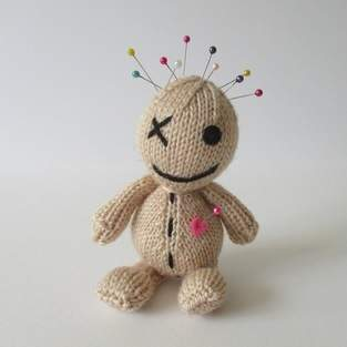 Makerist - Voodoo Doll - 1