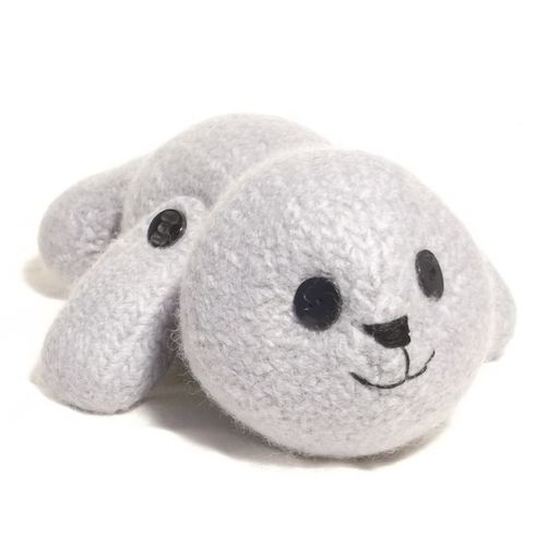 Makerist - Seal Pup toy - Knitting Showcase - 1