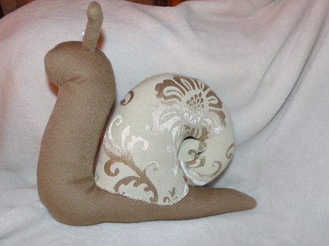 Makerist - Peluche escargot - Créations de couture - 2