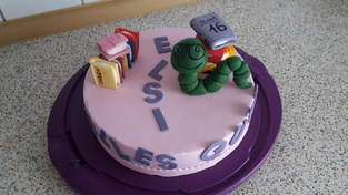 Makerist - Bücherwurm-Torte - 1
