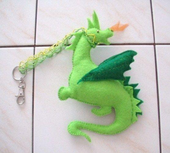Makerist - Taschenbaumler - kleiner Drachen - Nähprojekte - 1