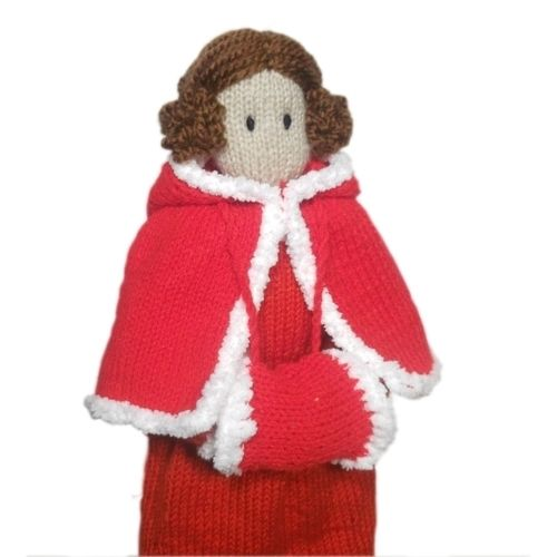 Makerist - Milly at Christmas - Knitting Showcase - 1