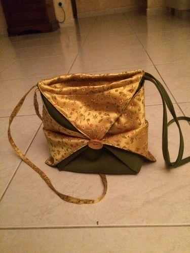 Makerist - Petit sac pliage style origami - Créations de couture - 1