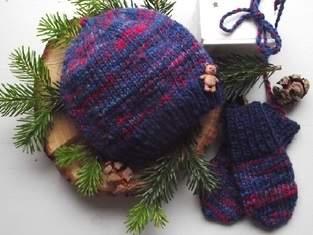 Zwergenmütze & Babyhandschuhe aus handgesponnener Wolle (0-4 Monate)
