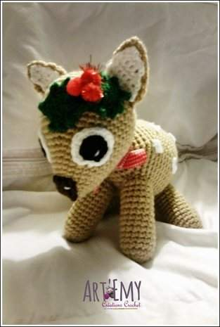 MYCKI, le petit faon; doudou en crochet spécial Noel