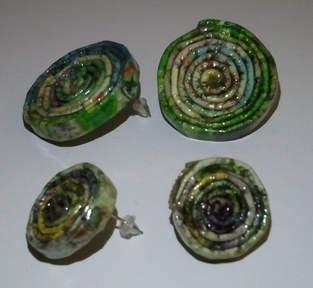 Makerist - Ohrringe aus Papier - Ohrstecker  Papier-Recycling - 1