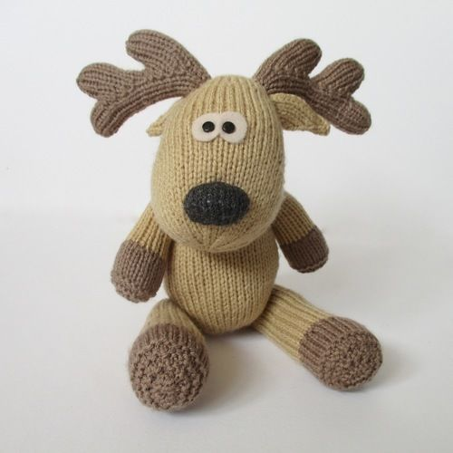 Makerist - Rupert Reindeer - Knitting Showcase - 1
