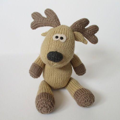 Makerist - Rupert Reindeer - Knitting Showcase - 2