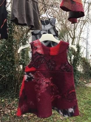 Makerist - Winterkleid aus rotem Walkstoff - 1