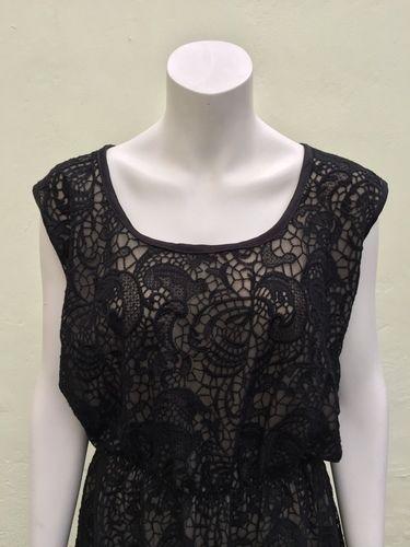 Makerist - ein festliches Kleid aus schwarzer Spitze - Nähprojekte - 1