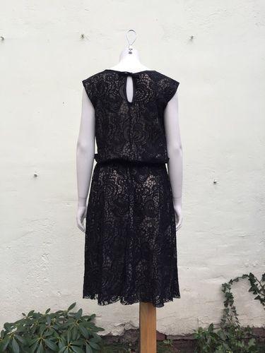 Makerist - ein festliches Kleid aus schwarzer Spitze - Nähprojekte - 2