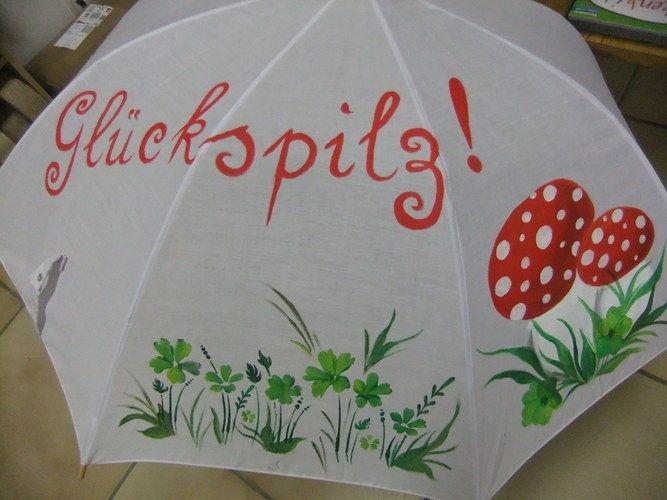 Makerist - Schlechtes Wetter - trotzdem gute Laune - Schirme - DIY-Projekte - 1