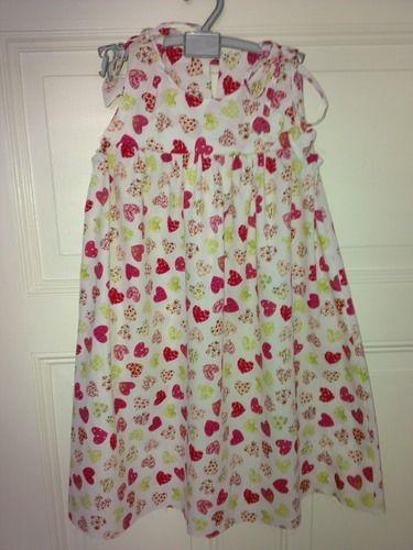 Makerist - Kleidchen für Teri. Aus Baumwolle. Eigentlich mein erstes Werk. - Nähprojekte - 1