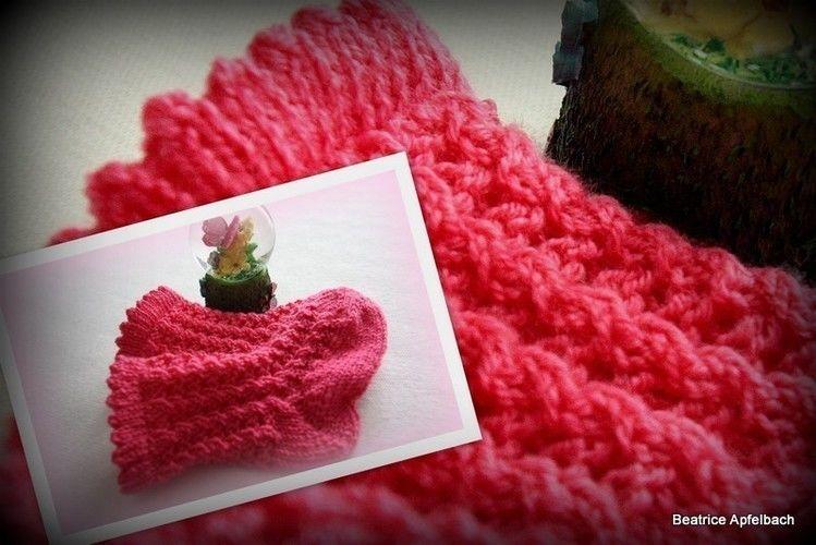 Makerist - Babysöckchen Rosary - Strickprojekte - 1