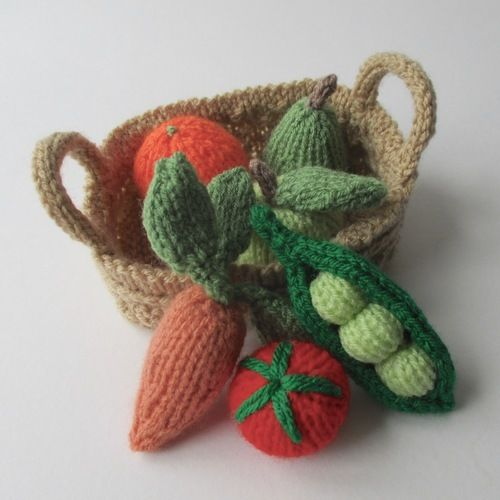 Makerist - Fruit and Veg - Knitting Showcase - 1