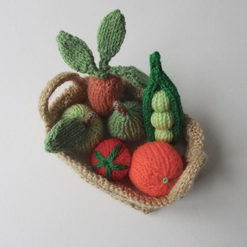 Makerist - Fruit and Veg - Knitting Showcase - 2