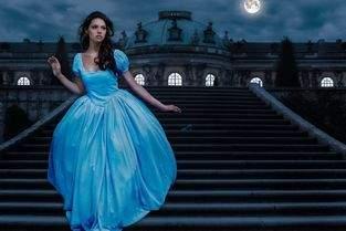 Cinderella und Alice im Wunderland