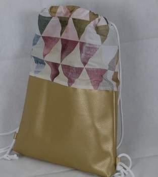Makerist - Rucksack ** Dreiecke **  - 1
