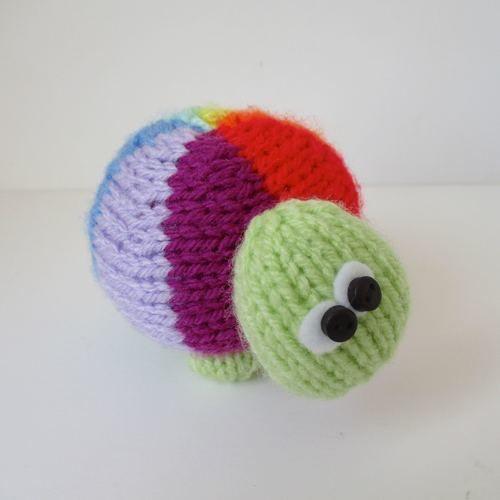 Makerist - Rainbow Tortoise - Knitting Showcase - 1