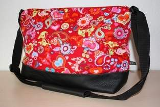 Schultertasche Paisley rot