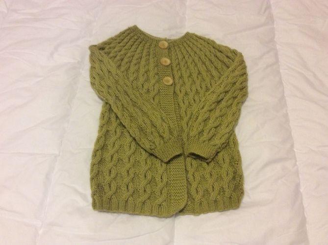 Makerist - cardigan petite fille 3ans - Créations de tricot - 1
