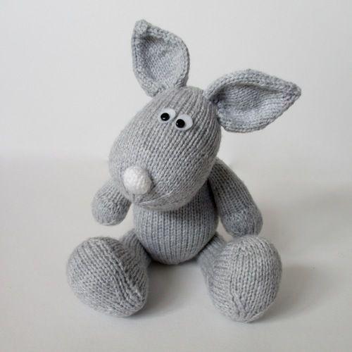Makerist - Henry Rabbit - Knitting Showcase - 1