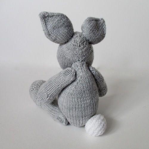 Makerist - Henry Rabbit - Knitting Showcase - 2