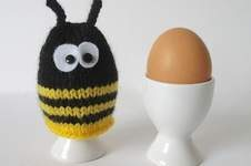 Makerist - Bumble Bee Egg Cosy - 1