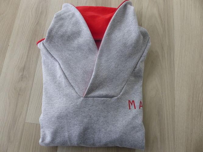 Makerist - Sweat bi-goût rouge et gris - Créations de couture - 3
