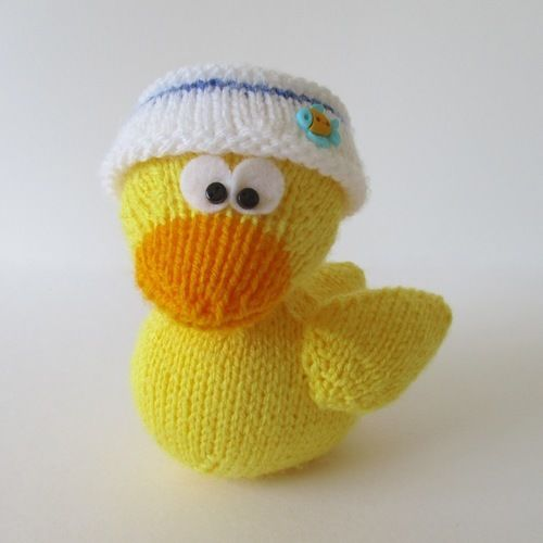 Makerist - Rubber Ducky - Knitting Showcase - 1