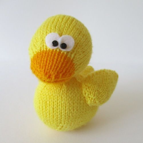 Makerist - Rubber Ducky - Knitting Showcase - 2