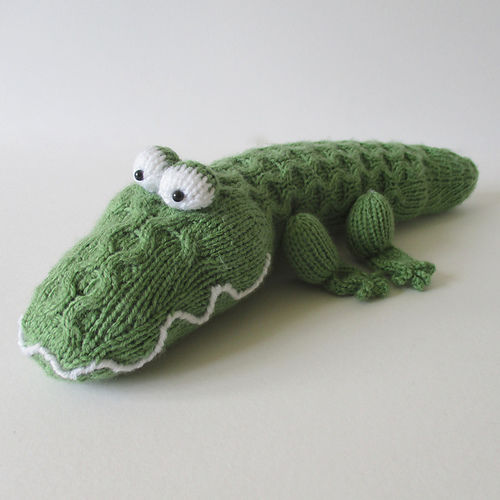 Makerist - Miles the Crocodile - Knitting Showcase - 1