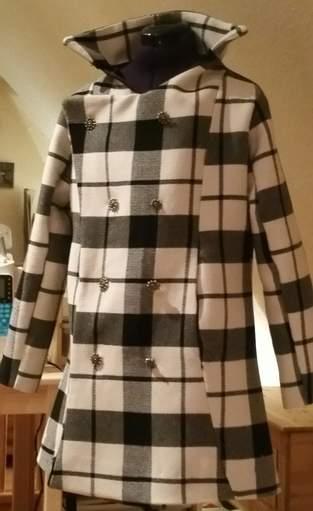 BeeAutiful - das erste Mal Mantel und das erste Mal Muster