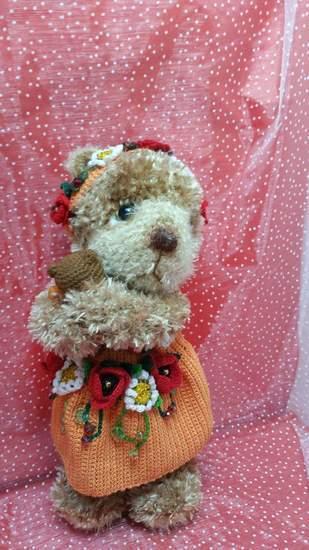 Makerist - Petite oursonne fleurie faite entièrement au crochet - 1