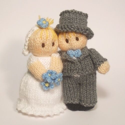 Makerist - Bride and Groom Bitsy Babies - Knitting Showcase - 1